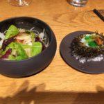 Oursin breton et tartare de Saint-Jacques au gingembre et citron vert, sa salade de navet blanc en julienne, pickles de navet et gingembre