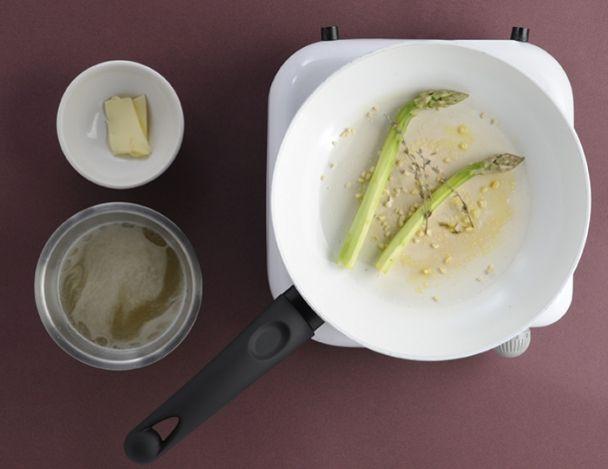 recette d 39 entr e asperges de la marne haddock citron confit et oeuf de caille. Black Bedroom Furniture Sets. Home Design Ideas