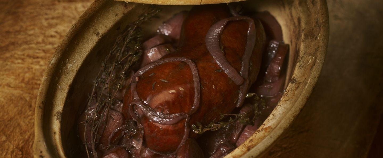 Recette de j sus de morteau pommes de terre et poulsard - Cuisiner saucisse de morteau ...