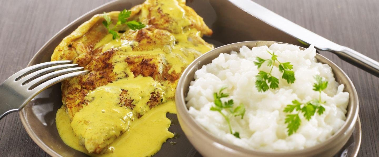 recette de chef les plats indispensables pr sente sa recette escalopes de dinde au curry et. Black Bedroom Furniture Sets. Home Design Ideas