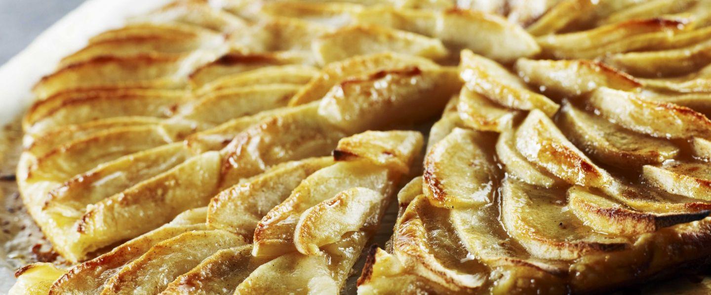 Recette de tarte fine aux pommes - Tarte aux pommes fine ...