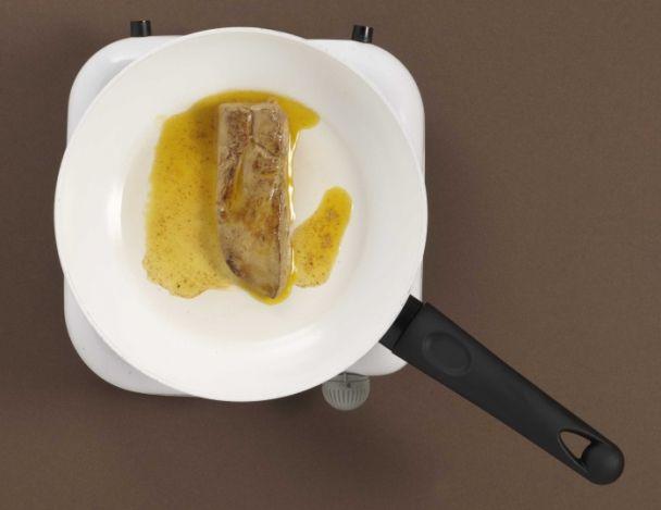 Recette de foie gras po l foie gras snack tomates et fraises en salade - Preparation du foie gras ...